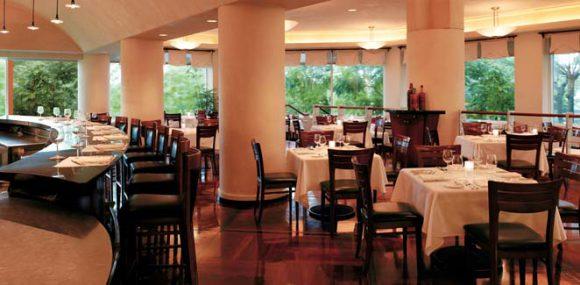 画像はhttp://guam.regency.hyatt.com/ja/hotel/dining/AlDenteRistorante.htmlより