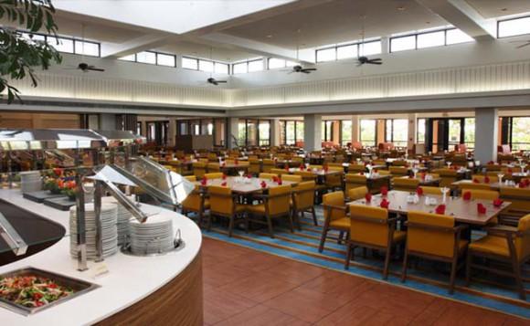 画像はhttp://www.picresorts.jp/pic_guam/restaurant/skylight/より