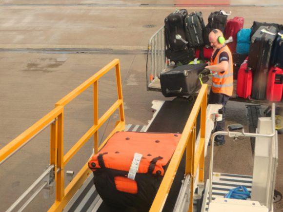 suitcase (2)