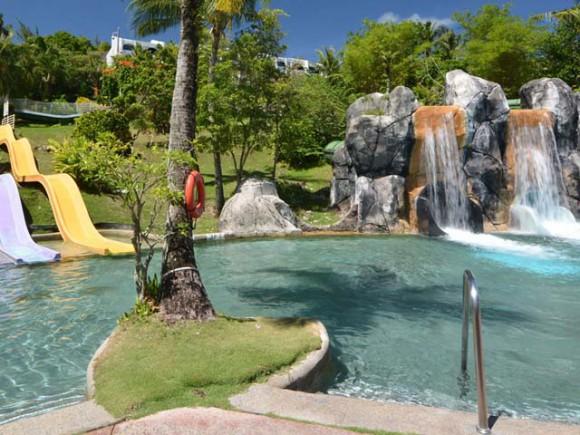 画像はhttp://www.guamplaza.com/tarza-waterparkより